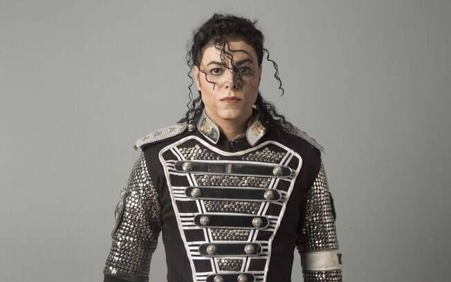 Rodrigo Teaser, cover oficial de Michael Jackson