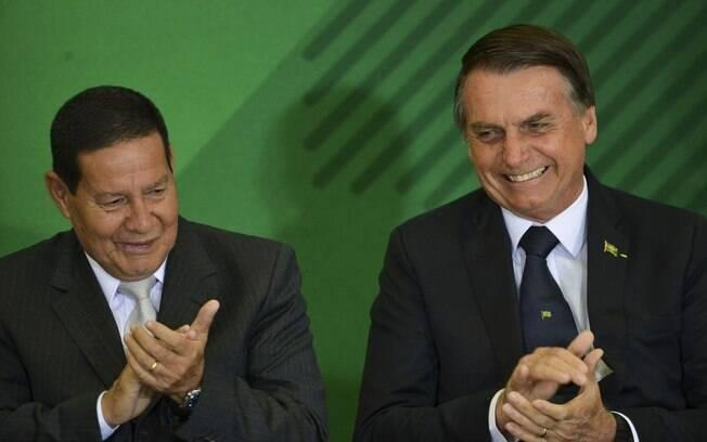 Mourão e Bolsonaro esperam aprovar a reforma da Previdência ainda neste primeiro semestre e, para isso, precisam conseguir votos favoráveis