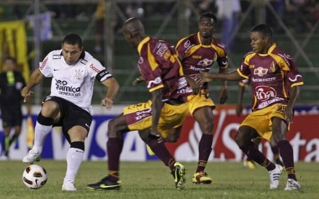 Em 2011, Corinthians foi eliminado pelo Tolima ainda na fase preliminar