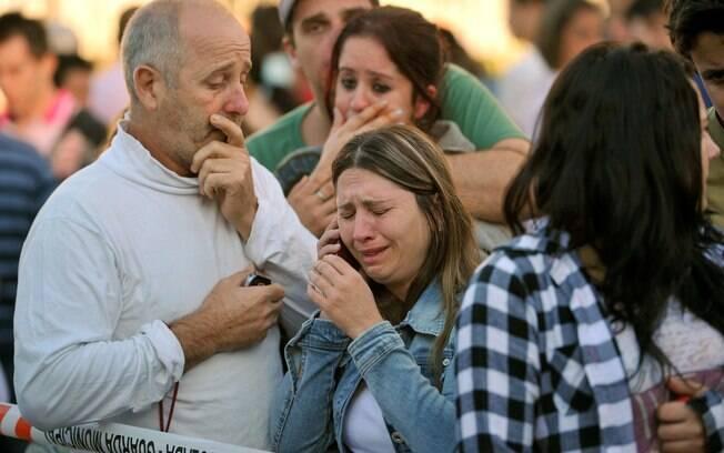 Familiares de vítimas do incêndio na boate Kiss, em Santa Maria, Rio Grande do Sul