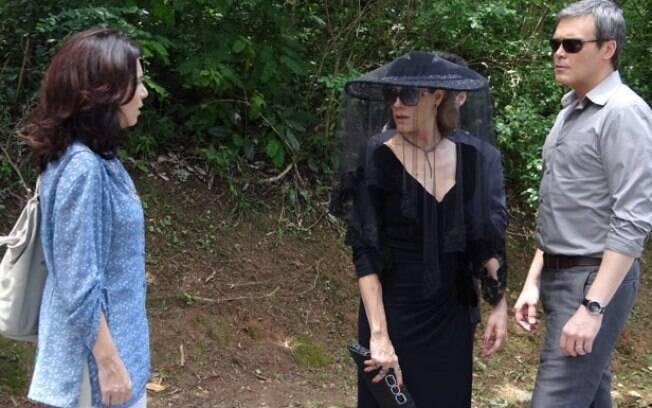 A enfermeira acusa Tereza Cristina de ter matado Marcela