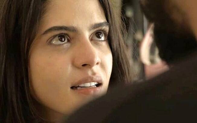 Laila (Julia Dalavia) confronta Jamil