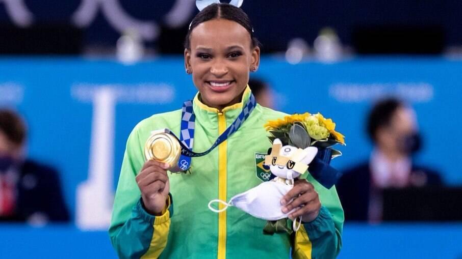 �? OURO! Rebeca Andrade vence a prova de salto e segue fazendo história |  Olimpíadas | iG