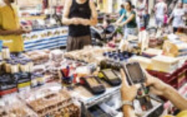 Ministério da Economia prevê alta de 3,2% do PIB no ano, com inflação acima da meta