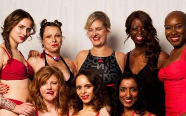Sylvia Mac (ao centro) junto das outras mulheres que ela convidou para exibirem suas marcas em ensaio fotográfico