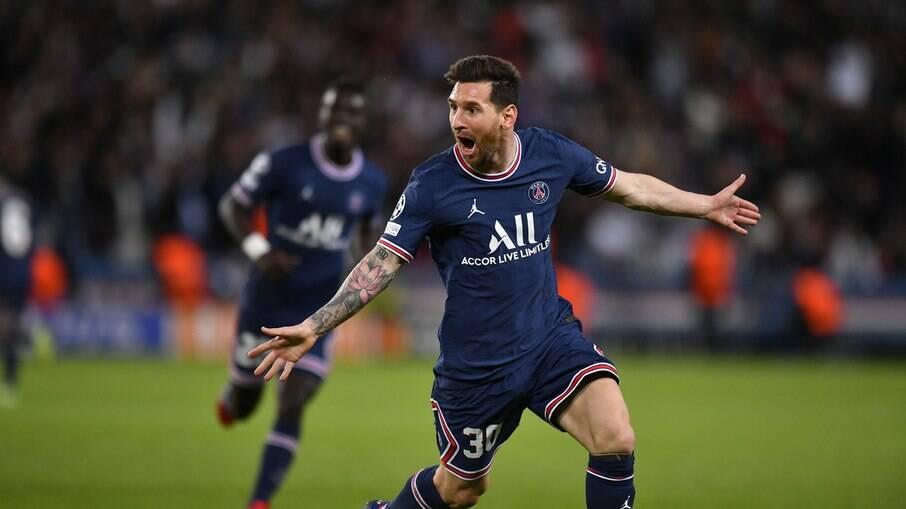 Messi anota seu primeiro gol pelo PSG
