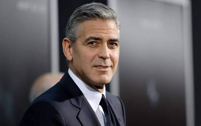 George Clooney ocupa a primeira posição do ranking dos mais desejados para o sexo a três