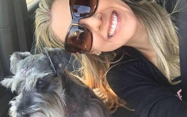 Ana Luiza Ferraz diz ter sido vítima de racismo; veterinária diz que foi alvo de discriminação por parte da empregada