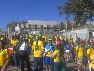 Brasileiros acordaram cedo para chegar ao Mineirão o quanto antes
