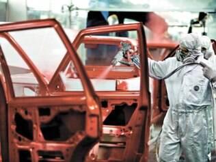 Anfavea negocia com siderúrgicas e repassará reajuste ao consumidor