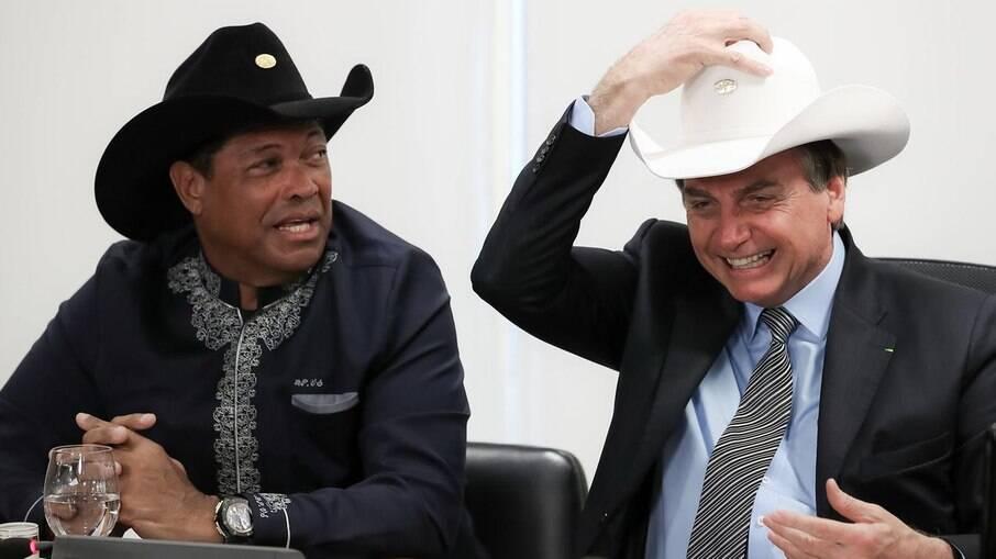 Pastor Valdemiro Santiago, apoiador do presidente Jair Bolsonaro (sem partido), possui 42 inscrições de débitos