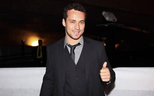 Rodrigo Andrade: modelo, ator e cantor