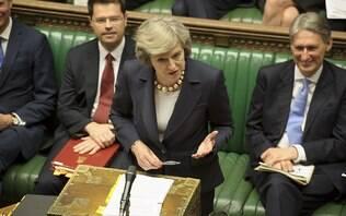 Parlamento britânico aprova adiamento do Brexit