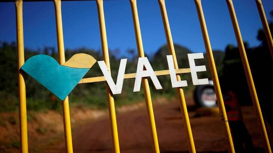 Vale e BHP Billiton devem pagar R$ 2,5 bilhões para atingidos pela tragédia de Mariana
