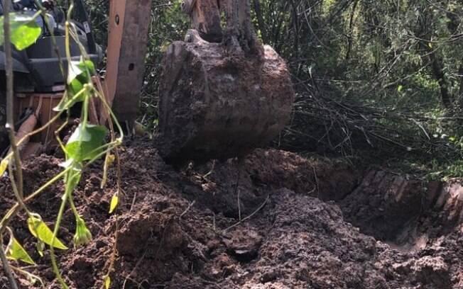 Polícia acha mais corpos em cemitério clandestino no Rio