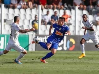 Atacante Willian destacou bela jogada, que terminou com o gol cruzeirense na Vila Belmiro