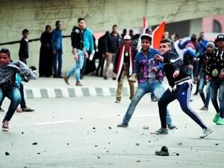 Praça Tahrir. No  epicentro da revolta de 2011,  um forte esquema de segurança monitorava a ação dos manifestantes no Cairo