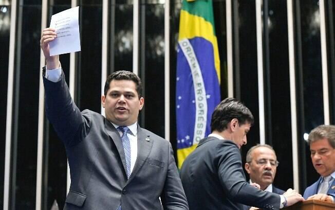 Alcolumbre também revelou que uma comissão especial de acompanhamento da reforma será criada depois do Carnaval