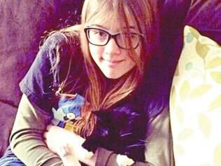 Violência. Morgan Geyser, 12, (foto) e a amiga Anissa Weier, 12, esfaquearam colega de 12 anos 19 vezes nos Estados Unidos
