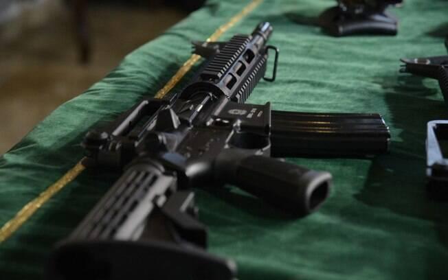 Armas proibidas e permitidas são detalhadas em decreto