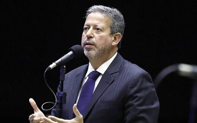 Arthur Lira é um dos cotados para assumir a Presidência da Câmara