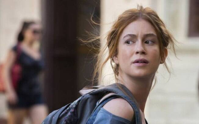 Eliza passa por situação perigosa morando nas ruas e Jonatas a ajuda