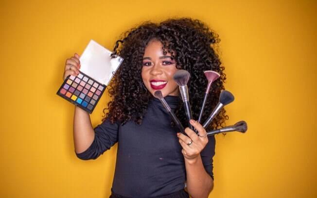 Make a seu favor: descubra como valorizar seus traos com maquiagem
