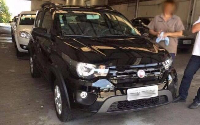 Fiat Mobi Way, flagrado antes do lançamento, previsto para o mês que vem
