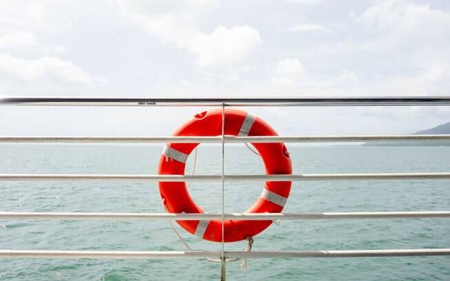 A segurança numa viagem de navio é primordial, então faltar no treinamento deve ficar fora de cogitação