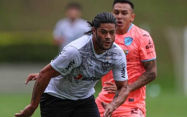 Hulk estreia no Galo em jogo-treino, mas é Tardelli quem brilha com três gols diante do Bolívar-BOL