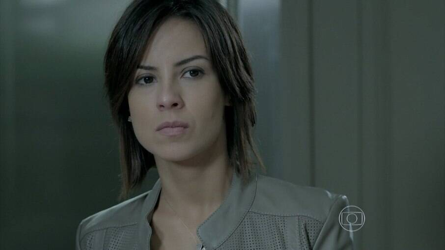 Na novela das 9, Maria Clara fica intrigada ao ouvir Cristina falar sobre José Alfredo