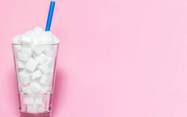 Substituir o açúcar refinado por outros itens é uma mudança simples, mas que traz mais saúde para sua rotina