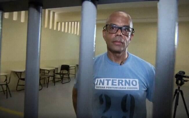 Fernandinho Beira-Mar planeja modernizar seus negócios e agora quer vender livros e outros produtos pela internet