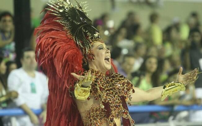 Claudia Raia, destaque de luxo no desfile da Beija-Flor em 2013