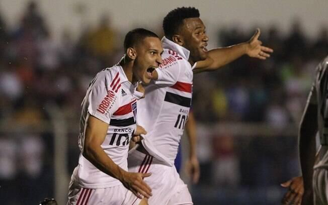 Tricolor ficou no empate por 1 a 1 com o São Caetano, garantiu vaga na próxima fase do Paulista e rebaixou rival