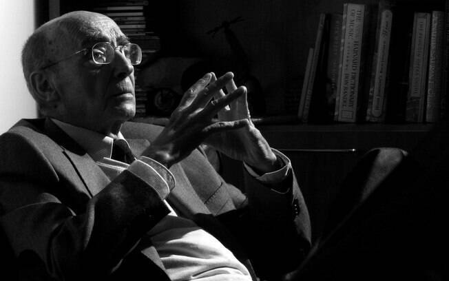O escritor foi duramente criticado por seus posicionamentos políticos e religiosos