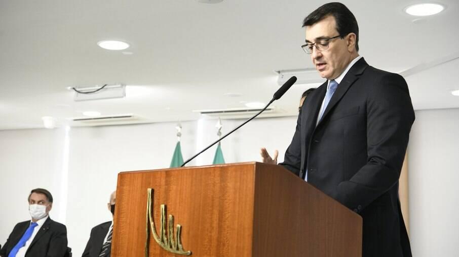 Novo ministro das Relações Exteriores diz que buscará a