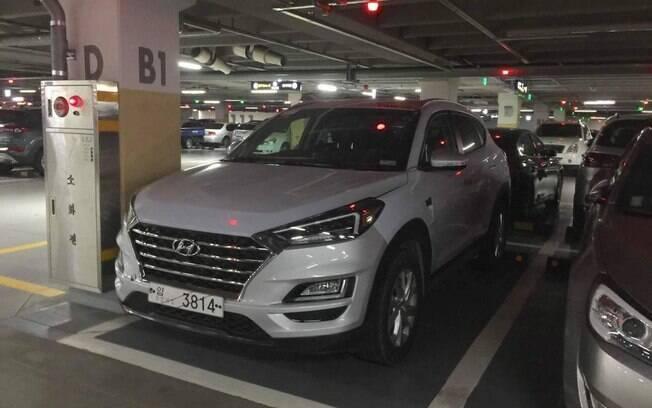 Hyundai New Tucson renovado faz primeira aparição depois de ter sido mostrado no Salão de Nova York,  em março