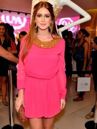 Marina Ruy Barbosa vai a lançamento de marca de roupas, em São Paulo