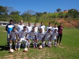 O Vera Cruz, que perdeu em casa por 3 a 0, tenta tirar a vantagem do forte Ideal, em Sete Lagoas