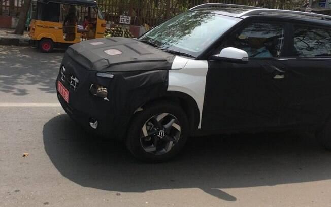 Hyundai Styx é flagrado com camuflagem, mas já com vários detalhes da versão que será produzida em série