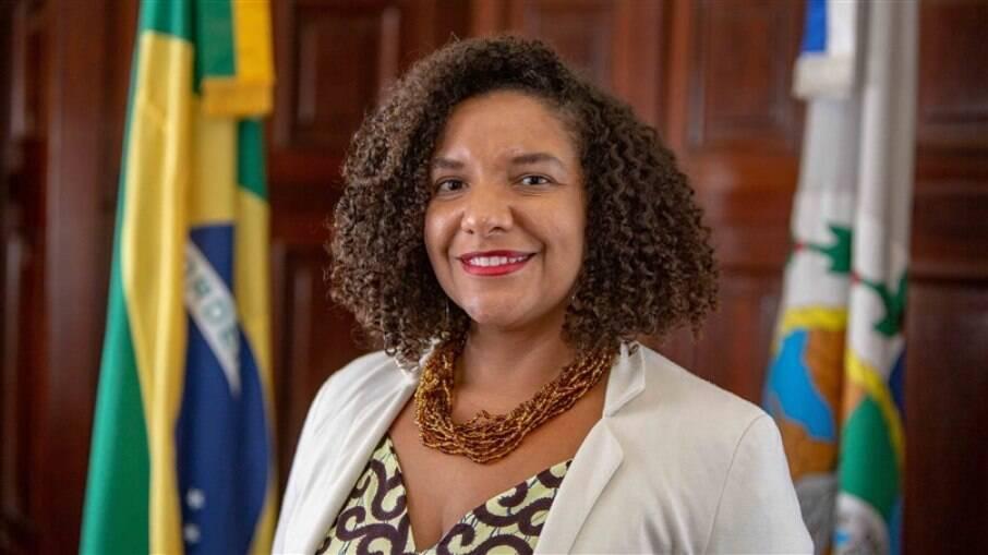 Renata Souza énascida e criada na Favela da Maré, na Zona Norte do Rio de Janeiro