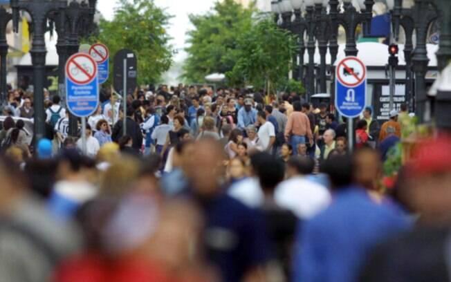 Neste dia de jogo do Brasil na Copa do Mundo, lojas de shopping e o comércio de rua do DF abrirão a partir do meio-dia