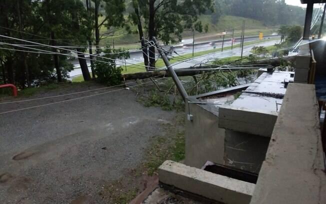 As fortes chuvas que atingem São Paulo interromperam o fornecimento de energia em alguns pontos