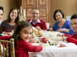 Em casa ou no restaurante, verifique a integridade do alimento antes de servi-lo às crianças