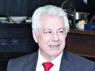 Chinaglia pediu para Pimentel ajudar na captação de votos em MG