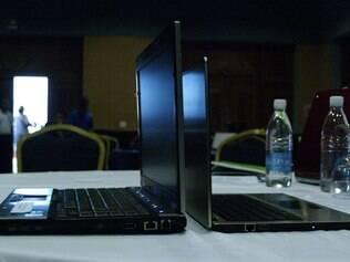 Ultrabooks da HP e da Acer exibidos em evento da Intel