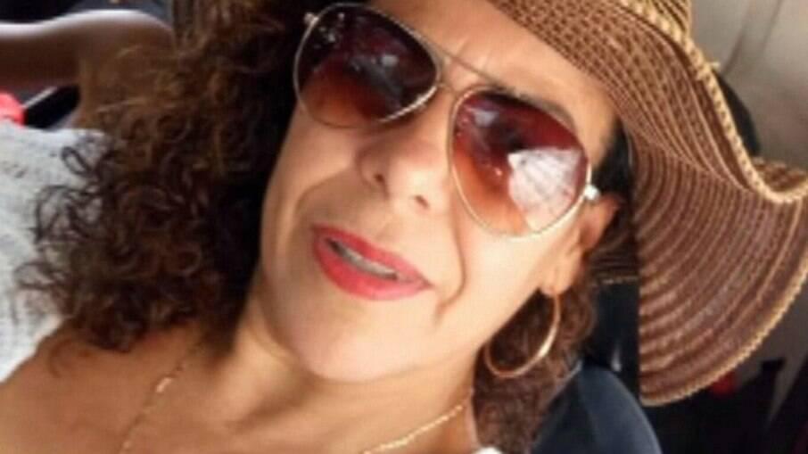 Rozemary Gomes Pita. de 42 anos. técnica de enfermagem investigada por fingir vacinar paciente