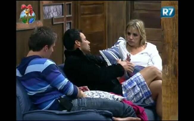 Anna, François e Thiago falam sobre voto