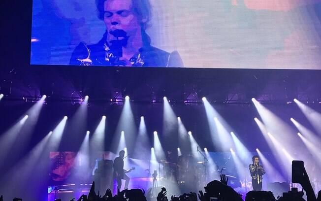 Em noite épica, Harry Styles se consolida em carreira solo com ótimo show em São Paulo